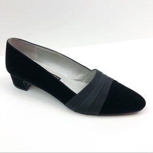 Vintage Black Velvet  Low Heels